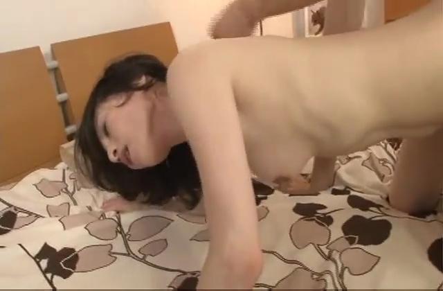 【痴女】爆乳の人妻エステ嬢がチンポの周りを焦らすように
